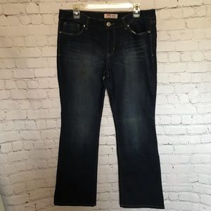 Lei indigo wash 13 jr low rise slim boot cut jeans